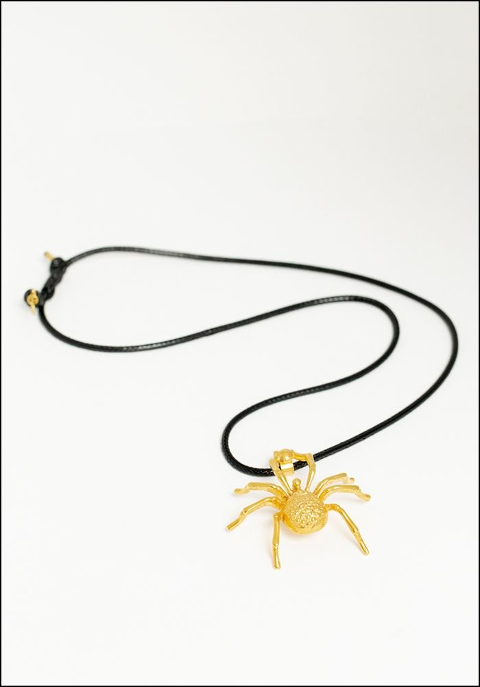 Lako Bukia Spider Necklace
