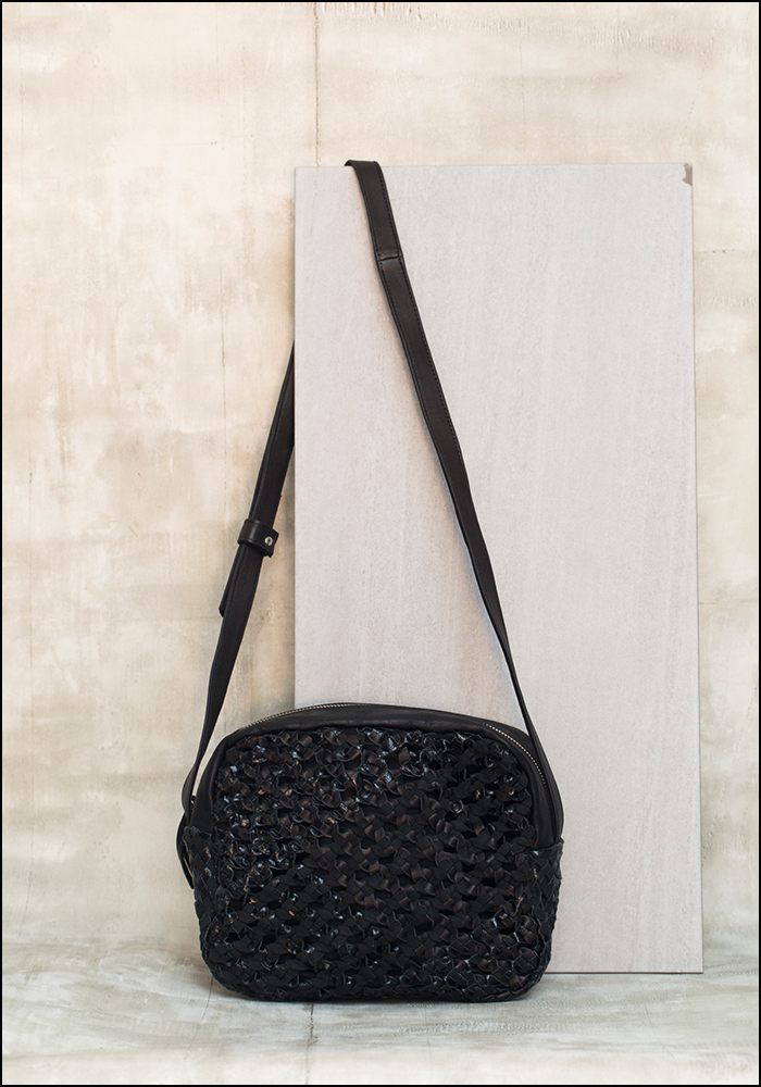 Claramonte Black Mix Zavata Bag