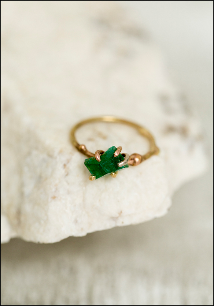 Variance Objects Delicate Emerald  and Yellow Gold Ring