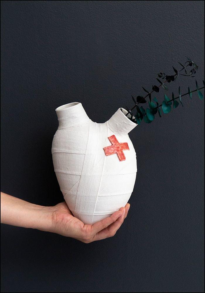 FOS Ceramiche Porcelain Lovestruck Heart Wall Vase