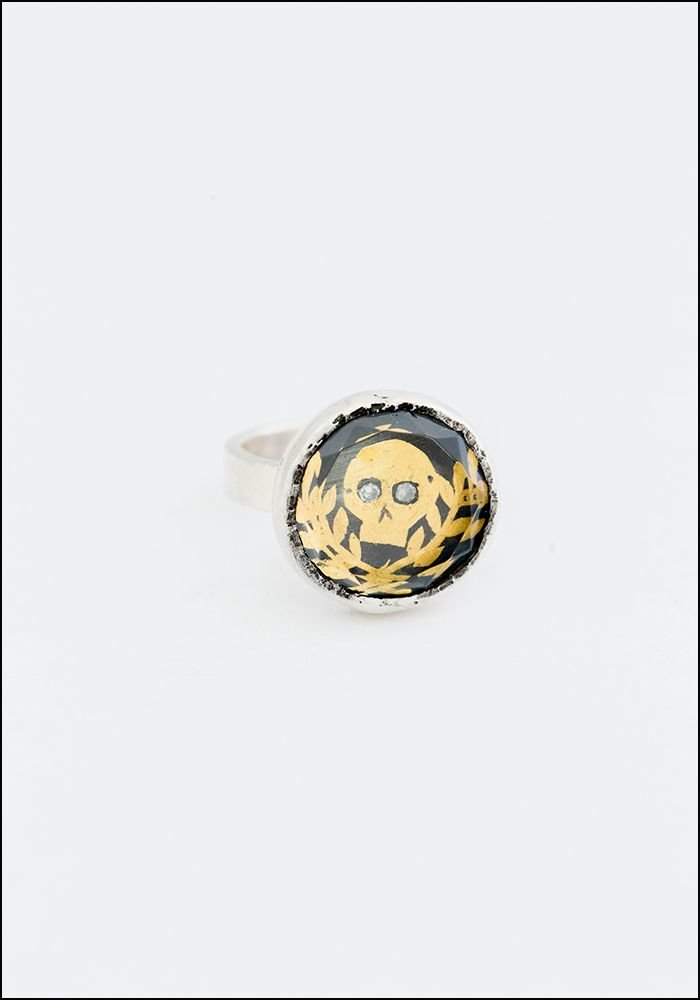 Acanthus Faceted Quartz Gilded Skull Ring
