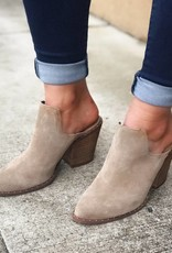 CHINESE LAUNDRY Springfield Suede Bootie