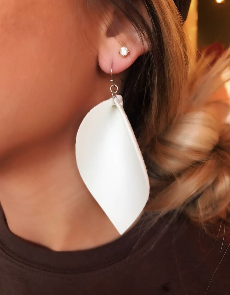 LUXE Simply Radiant White Feather Earring