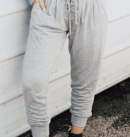 LAYNEE & LEE Keeping It Cool Lace Up Jogger
