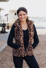 LAYNEE & LEE Amazing Moments Fur Vest