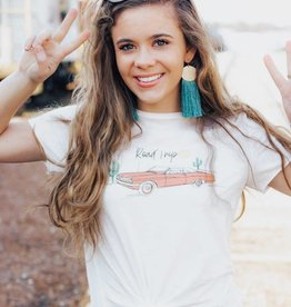 """LUXE """"Road Trip"""" Graphic Tee"""