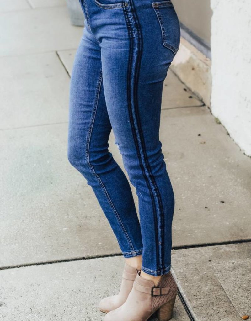 LUXE Roaptrip Ready Medium Wash Denim