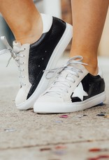 LUXE Catch Me If You Can Star Sneaker