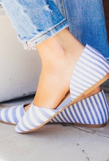 CHINESE LAUNDRY Hearty Stripe Flats