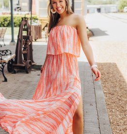 LAYNEE & LEE Run Away To The Ocean Maxi Dress
