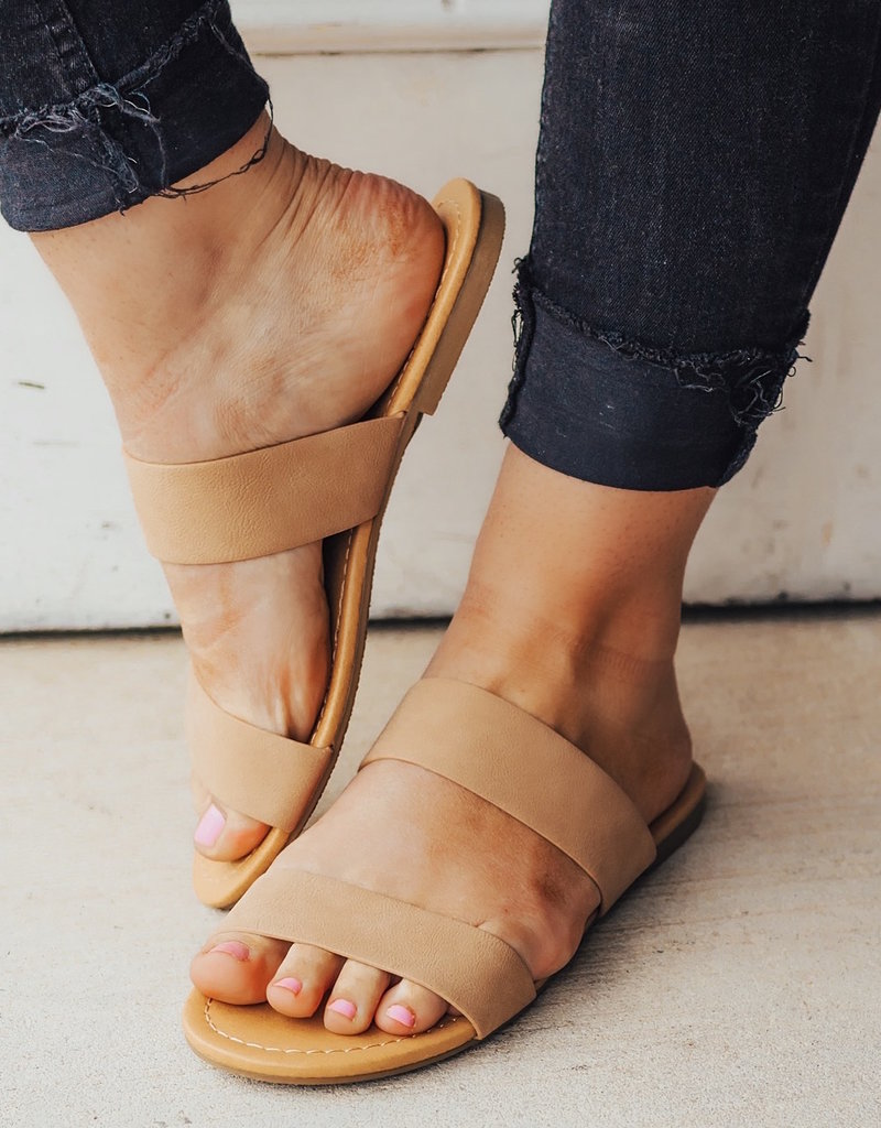 LUXE Casual Stroll Strappy Sandal