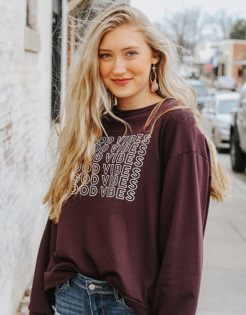 LUXE Good Vibes Graphic Pullover