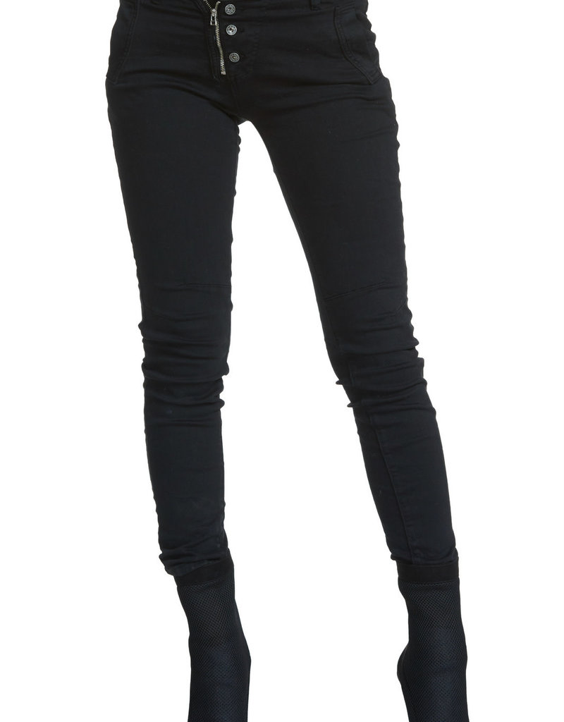Elan Exposed Jeans