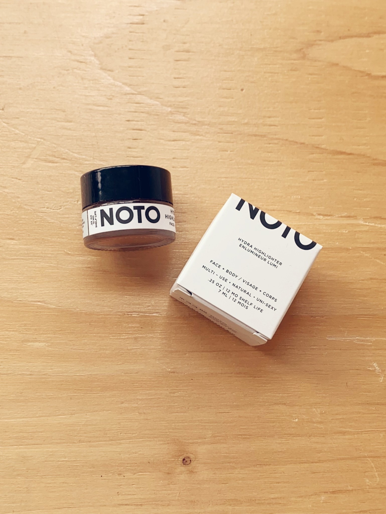 Noto Botanics Hydra Highlighter Pot