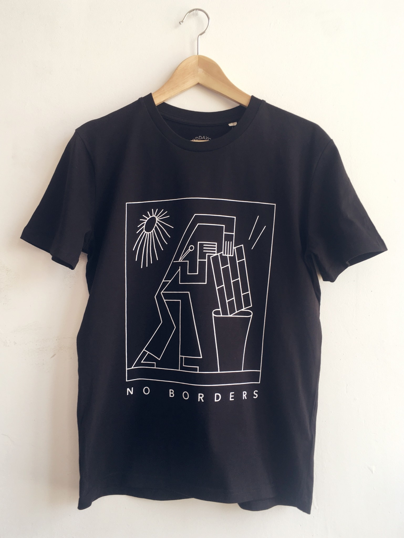 Good Day Club No Borders T-shirt