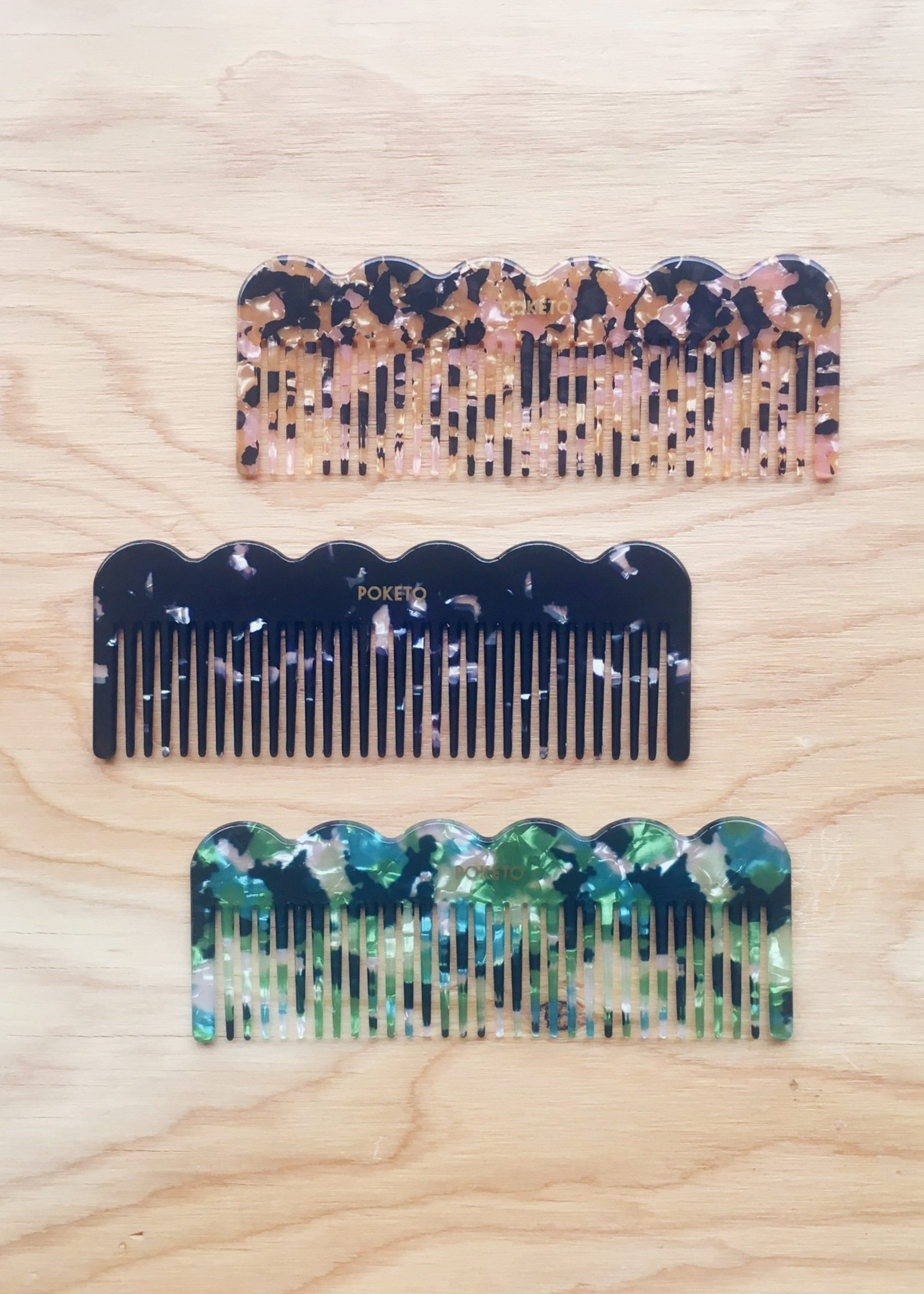 Poketo Wave Combs