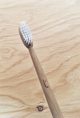 Truthbrush Brosse à dents à poils souples