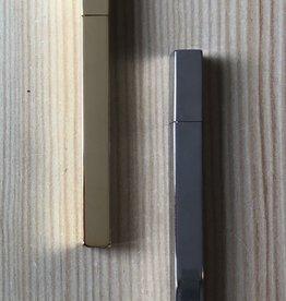 Tsubota Pearl Queue Metallic Lighter