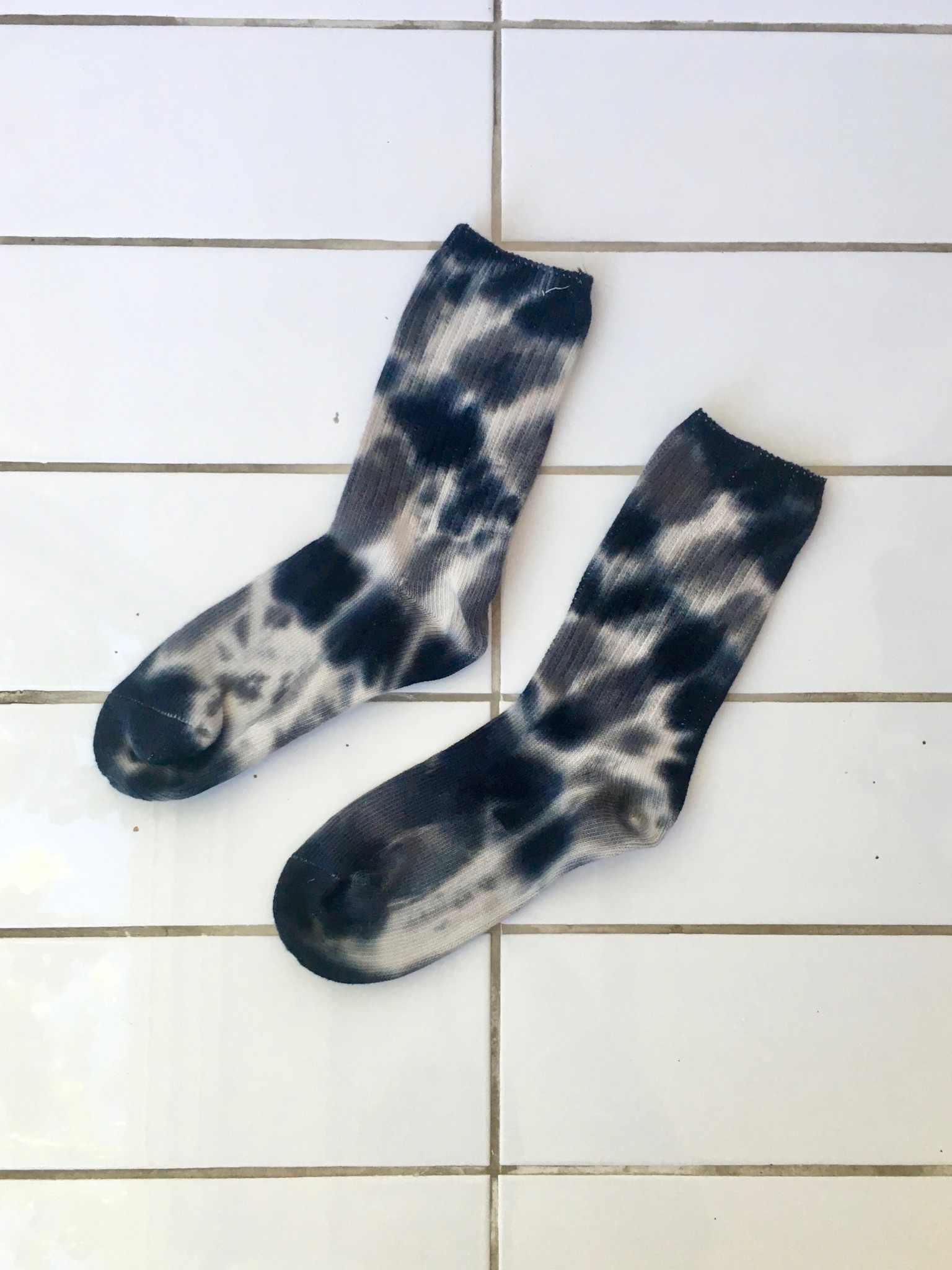 Empire Exchange Tie-Dye Socks