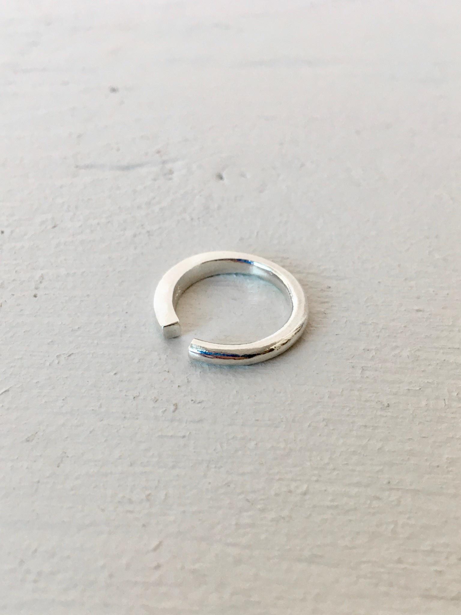 Marmod8 Silver Ring Square Circle