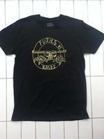 Les Roches Qui Roulent Fusils Et Roses T-shirt