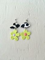 Emma Jewels Nuages de motif de vache avec des fleurs vertes