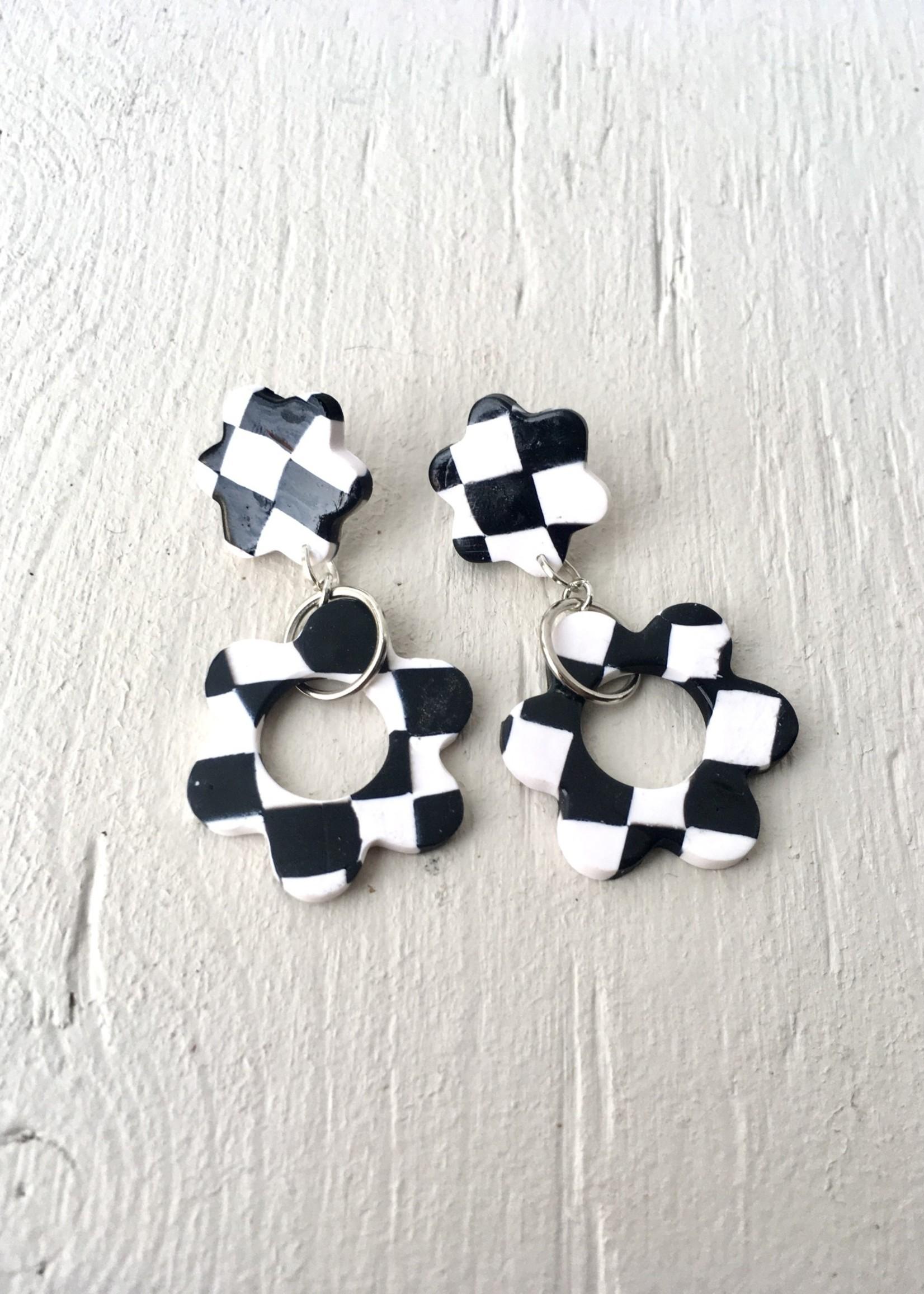 Emma Jewels Black Checkerboard Flower Studs