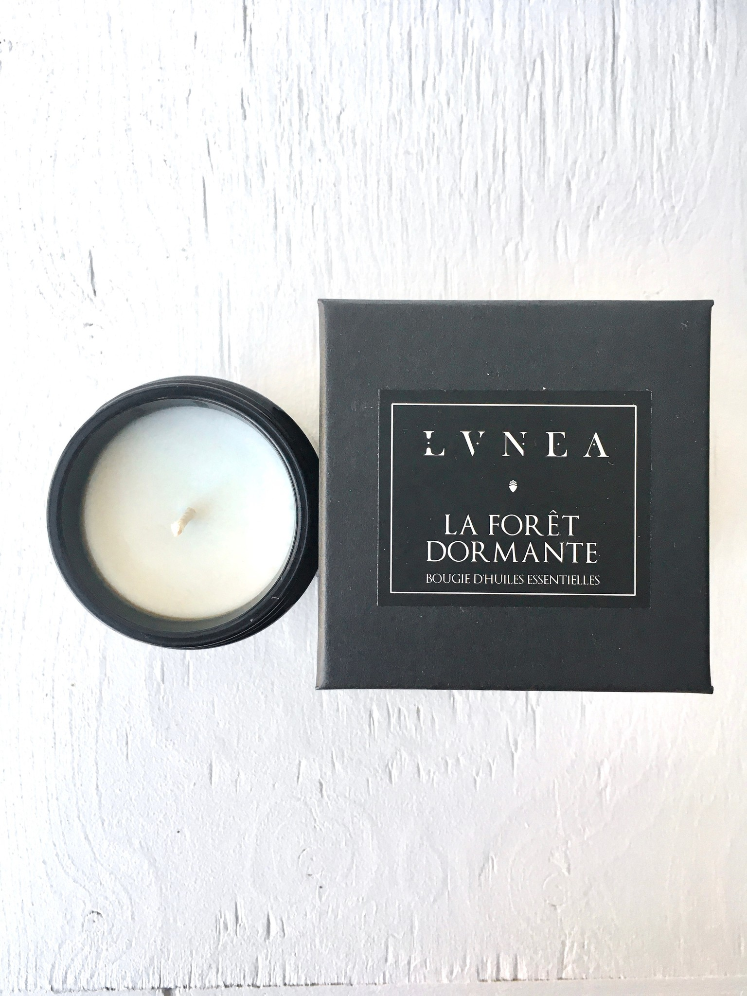 Lvnea Essential Oil Candle