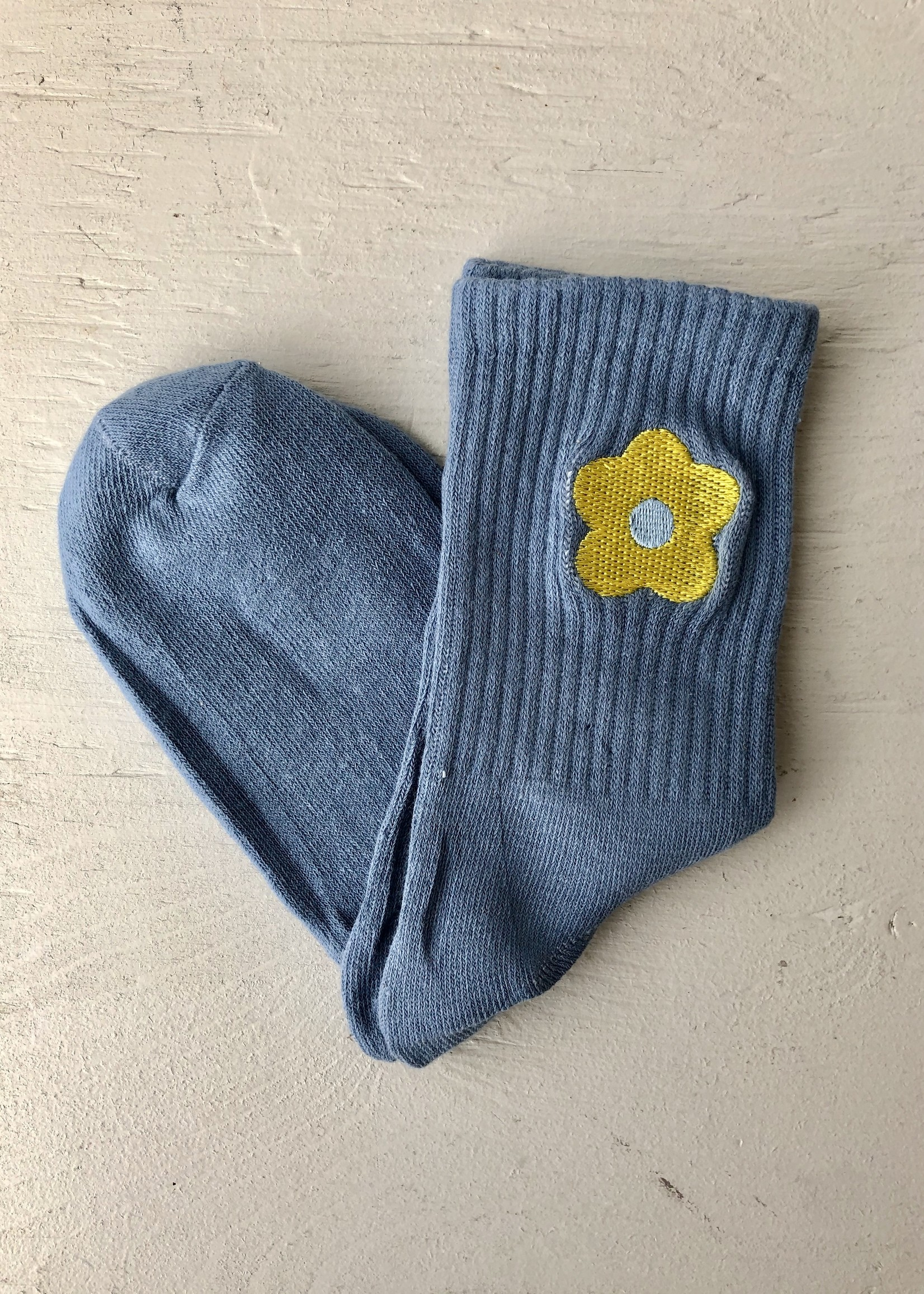 Empire Exchange Embroidered Daisy Socks