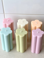 Sunday Skies Studio Daisy Pillar Candles