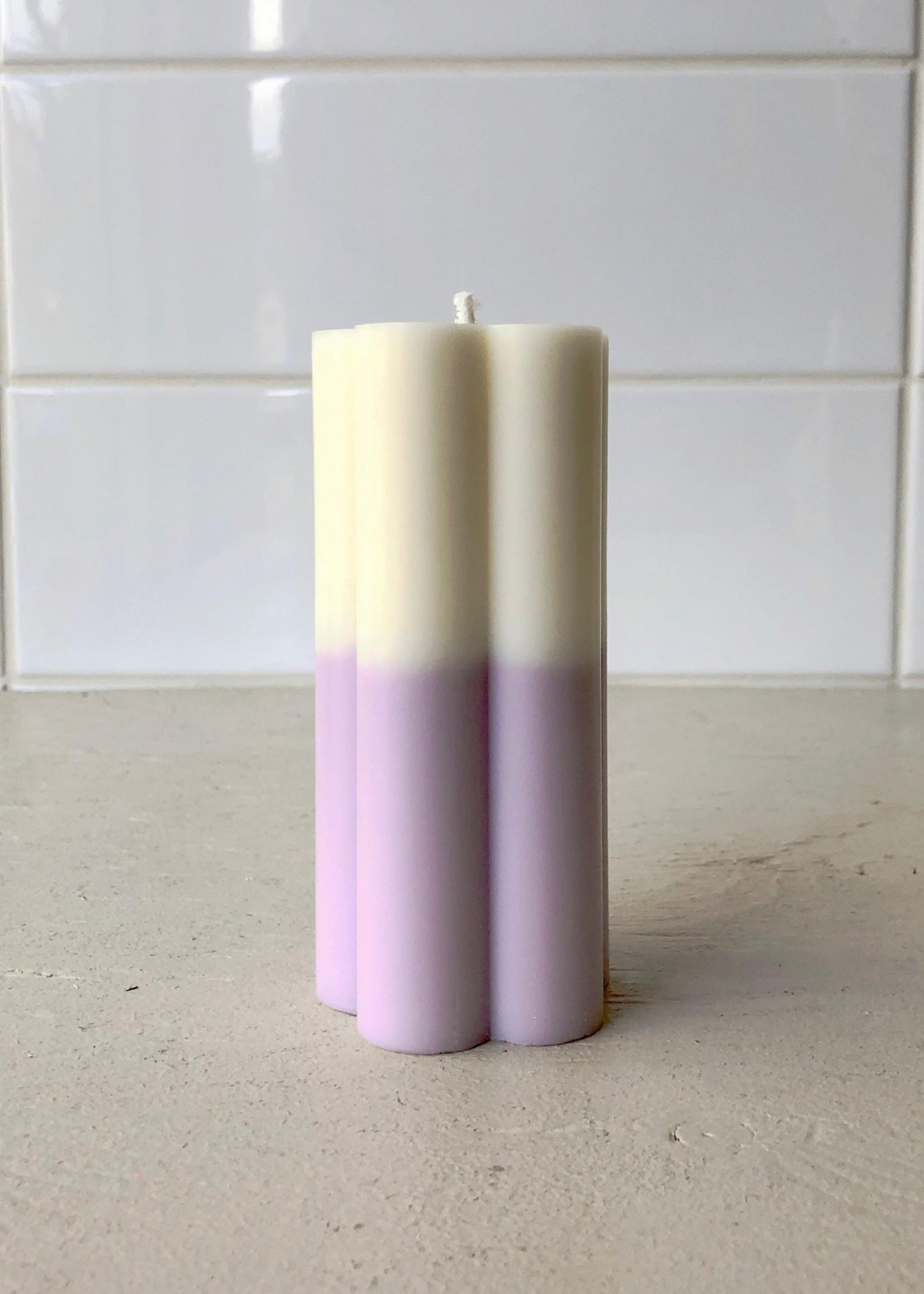 Sunday Skies Studio Two Tone Daisy Pillar candle