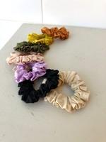 Lover's Tempo Sunday Mini Scrunchie