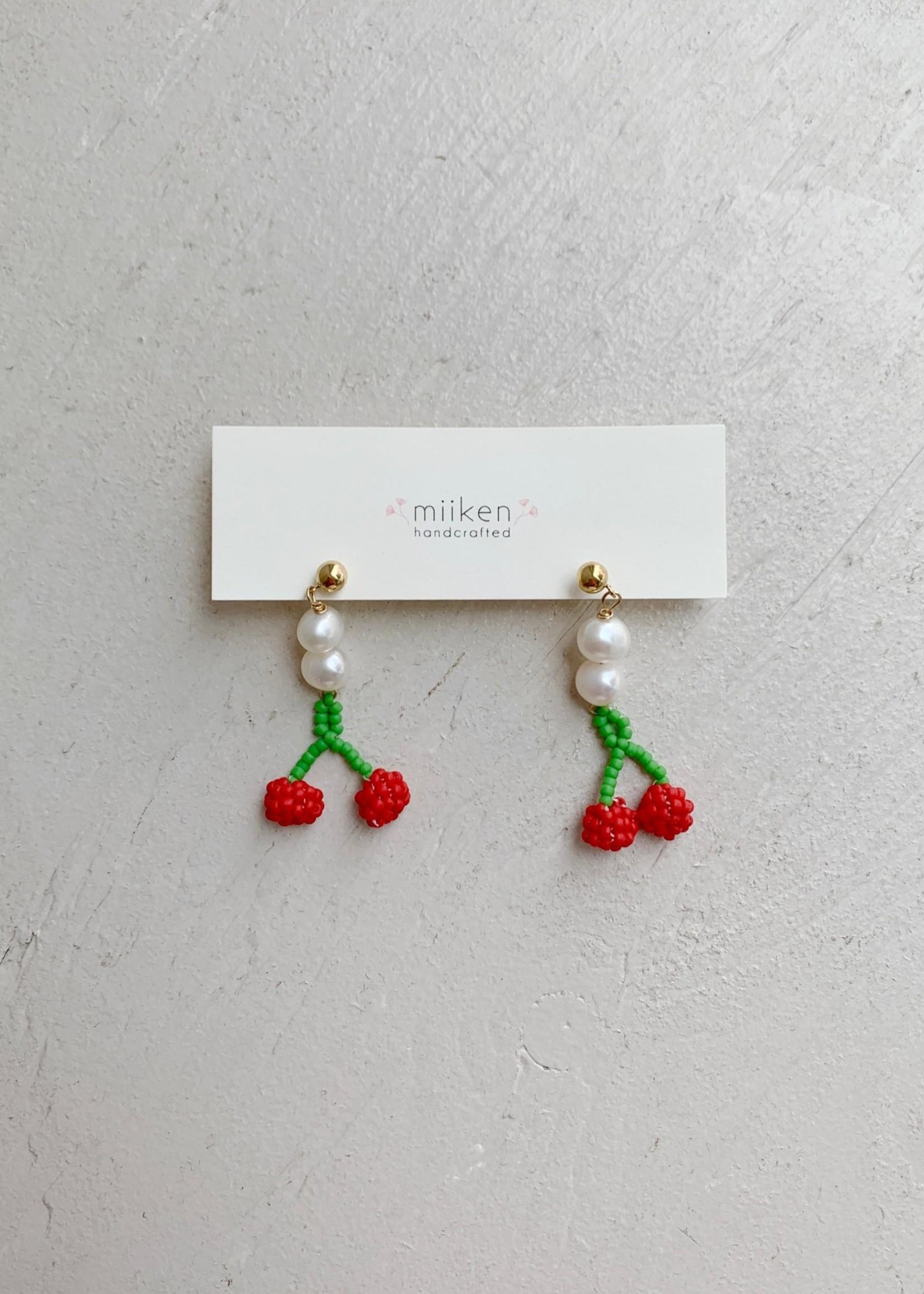 "Miiken Handcrafted Boucle d'oreilles ""Sakura Pearl Drop"" par Miiken Handcrafted"