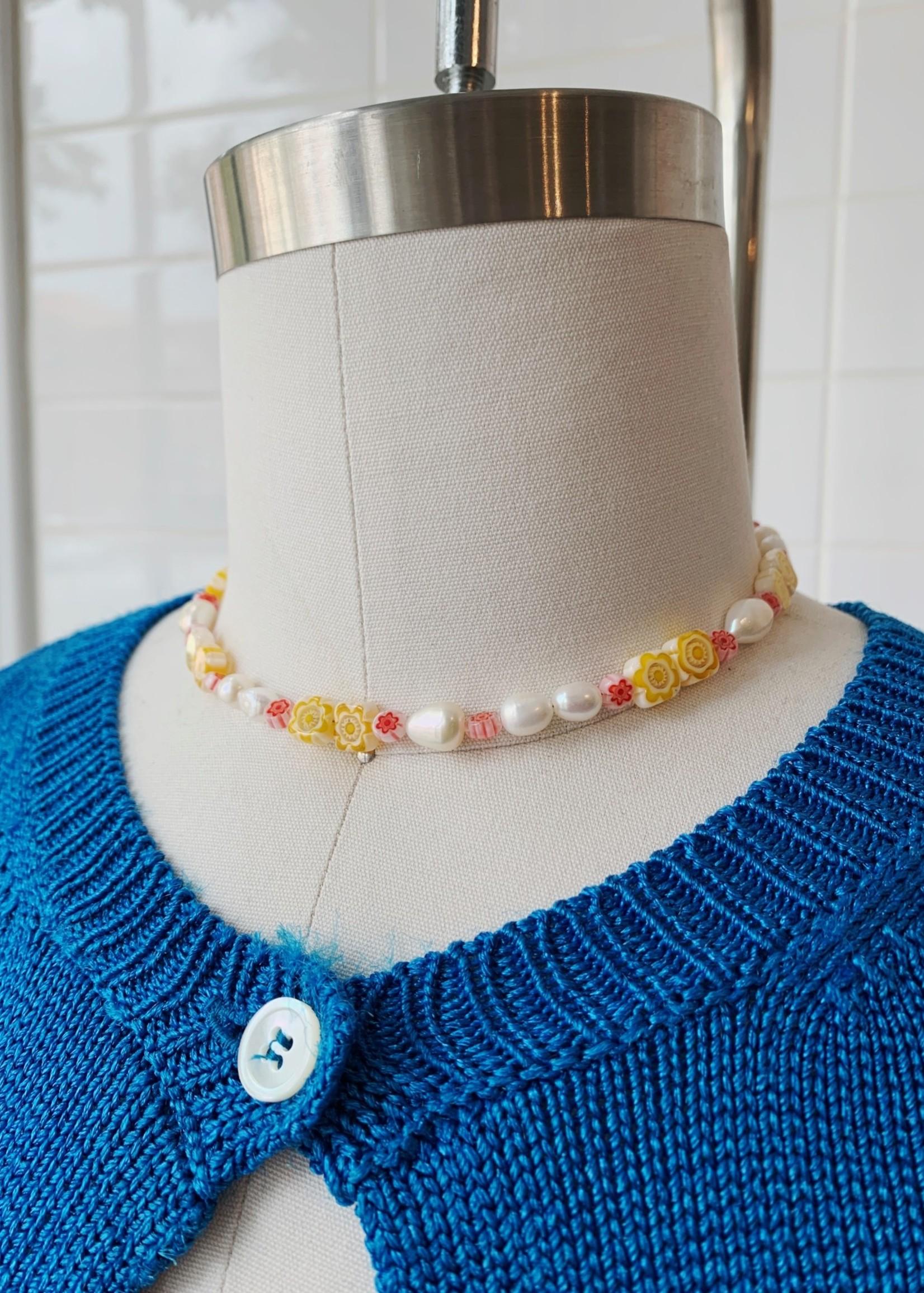 Emri Studio Ras de cou de perles par EMRI Studio