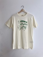 "Hannah-Michelle T-shirt ""Green is Groovy"""