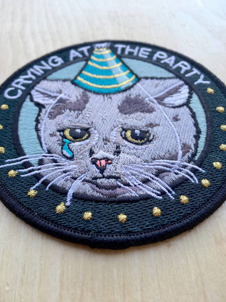 "Stay Home Club Appliqué ""Crying at the Party"""