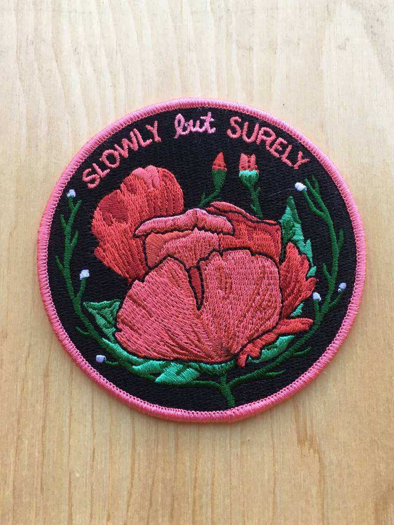 "Stay Home Club Appliqué ""Slowly But Surely"""