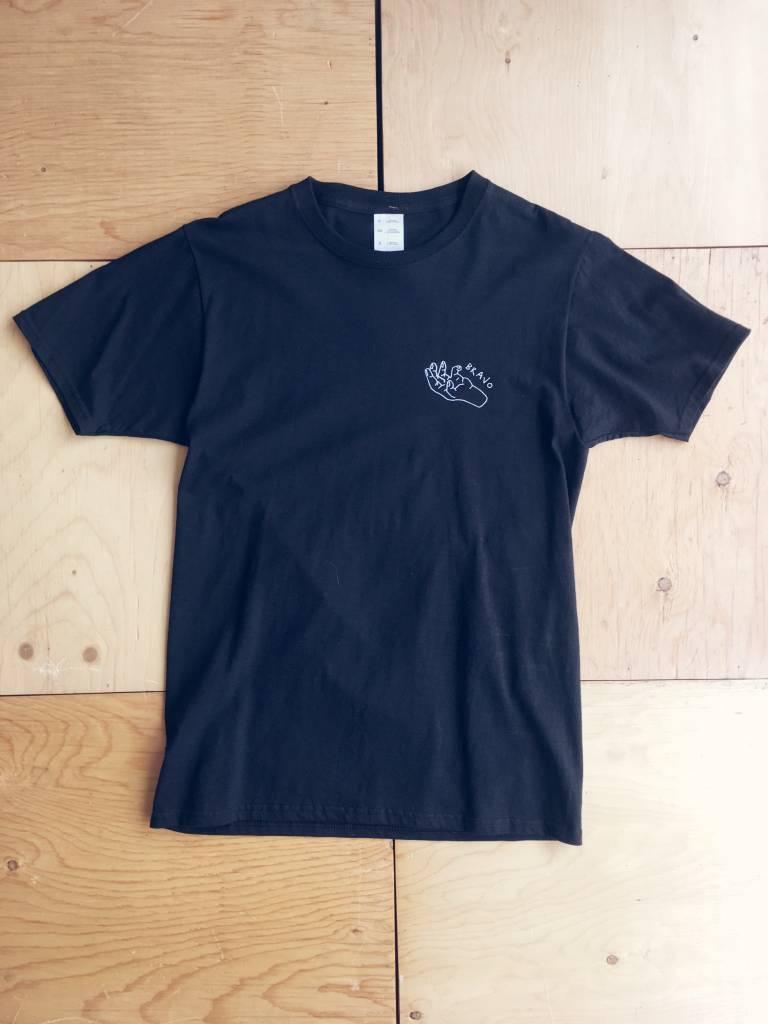 "Toujours Correct T-shirt ""Bravo"""