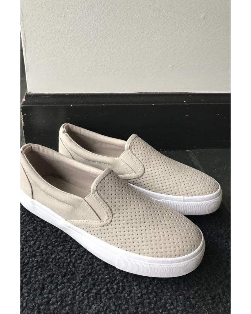 Chandler Slip-On Sneaker
