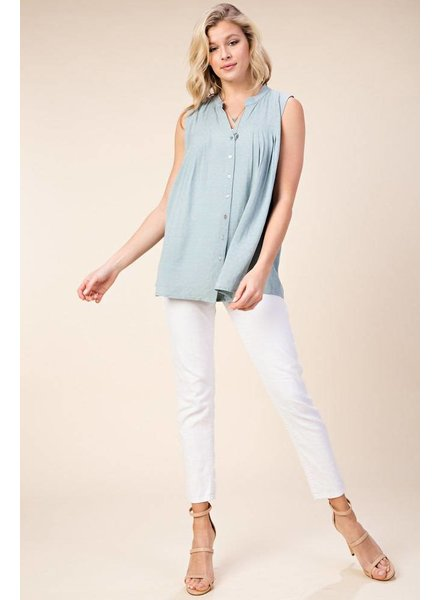 Izzy Sleeveless Button Down