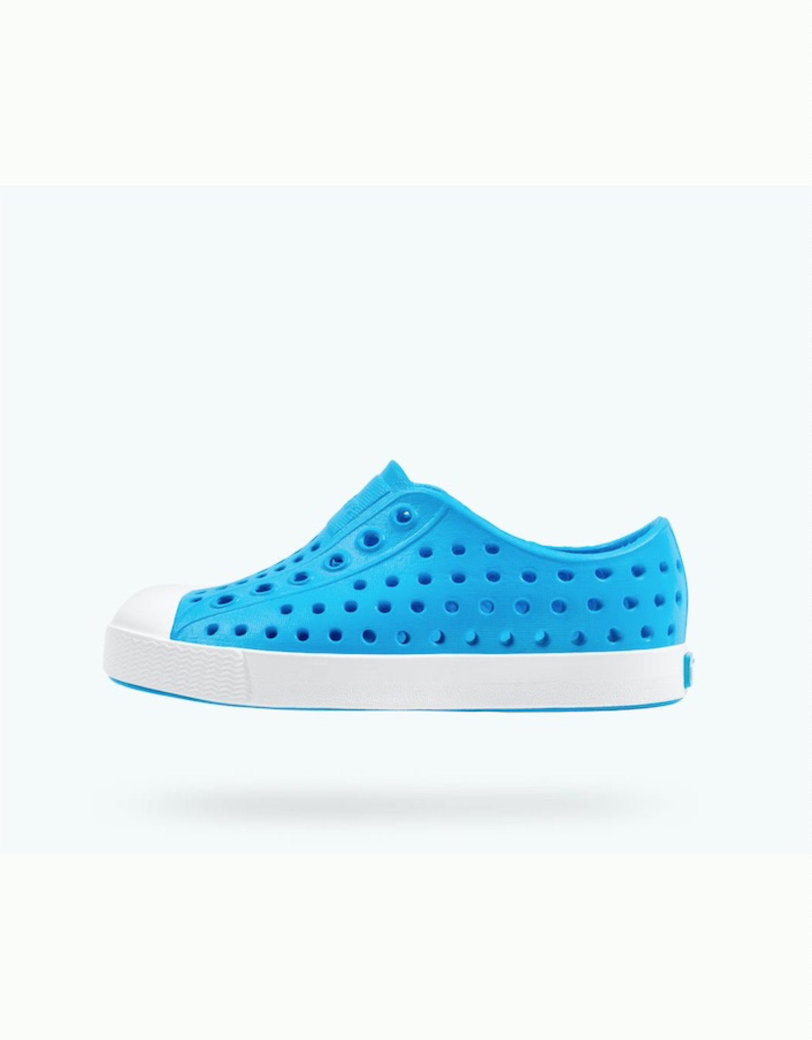 Native Shoes Jefferson Youth / Junior in Vivid Blue