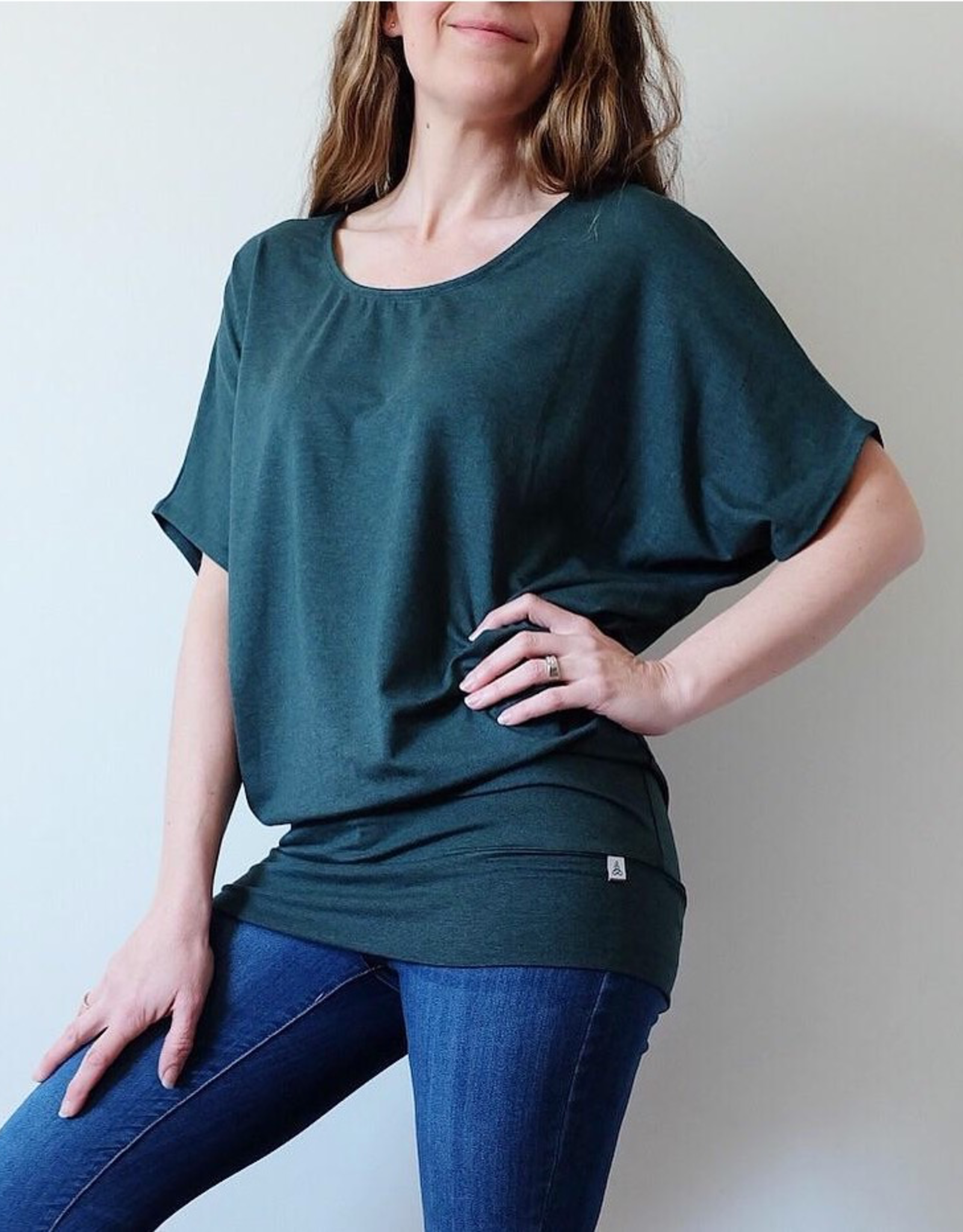 Au Fait Mama The Short Sleeve Batwing T-Shirt