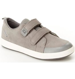 Striderite Made2Play® Jude Junior Sneaker in Grey