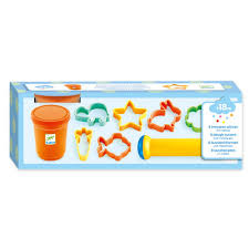 Djeco Modelling Clay Cookie Cutter Set