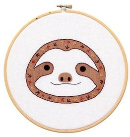 Baby Sloth Hoop Art Kit