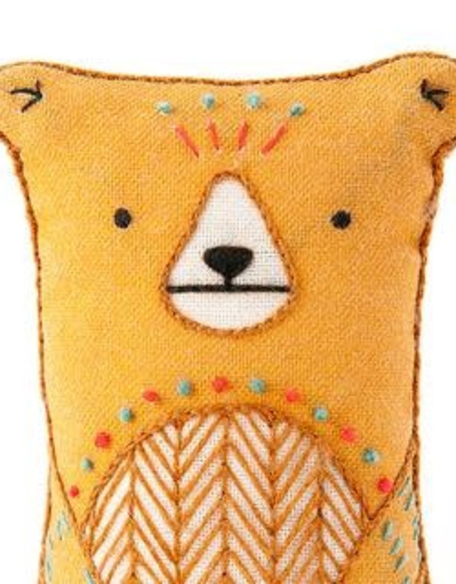 Kiriki Embroidery Kit Level 2 bear