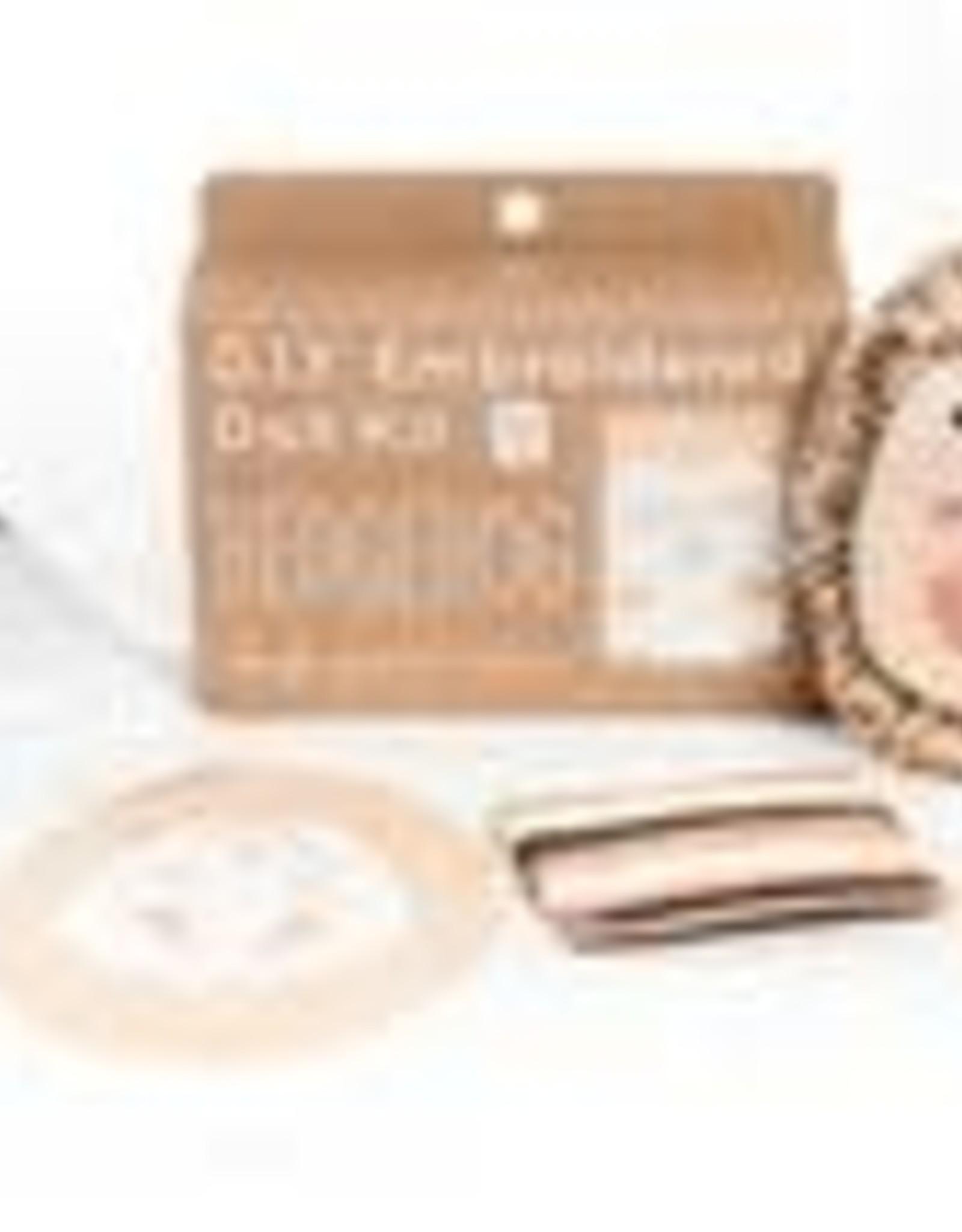Kiriki Embroidery Kit Level 3 hedgehog