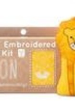 Kiriki Embroidery Kit Level 2 lion