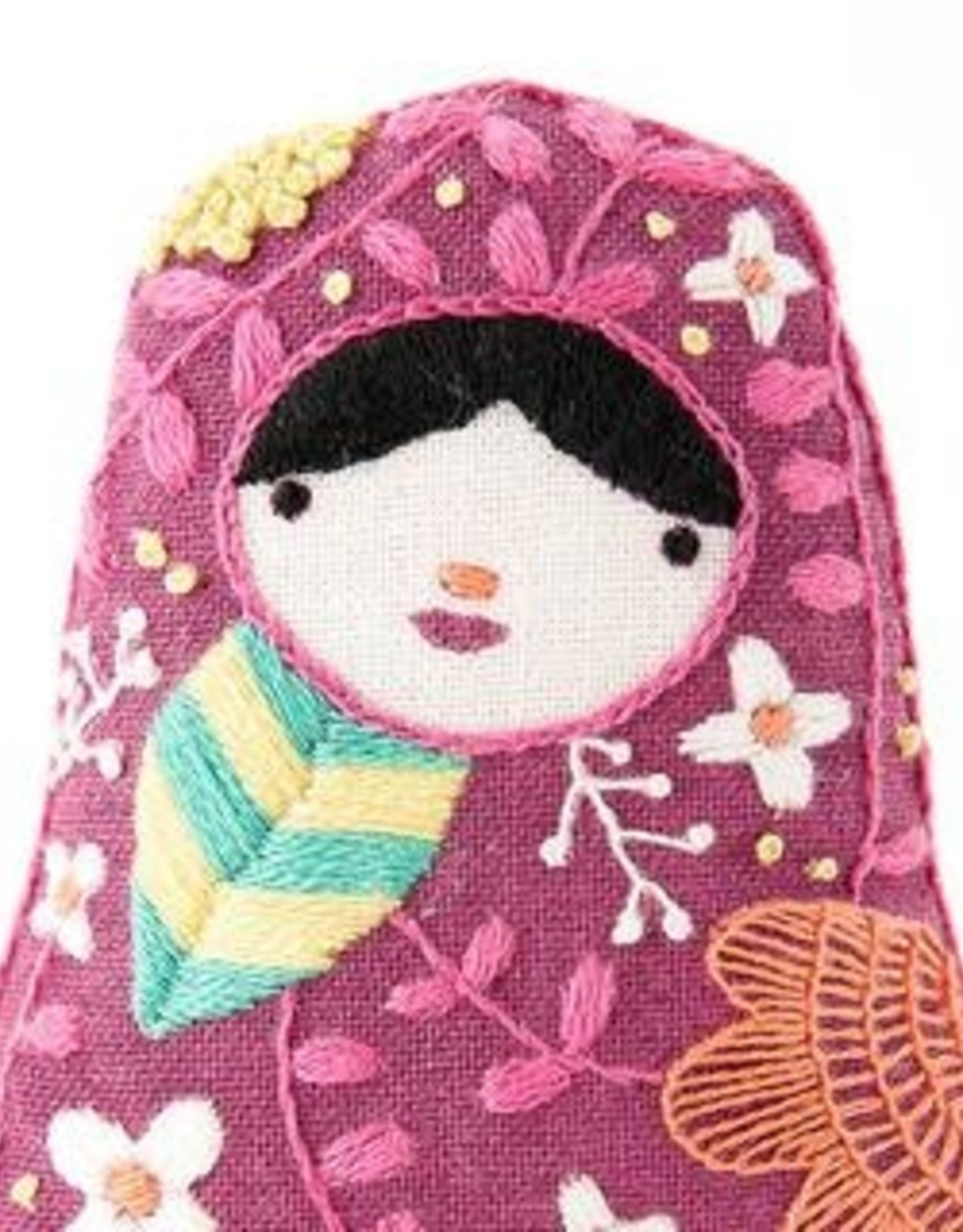 Kiriki Embroidery Kit Level 3 matroyshka doll