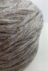 Prairie Wool 8 oz bulky pencil roving 03 med grey